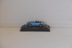 BMW Z4 in de kleur blauw.